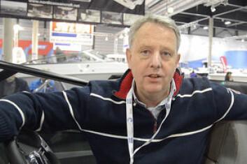 FORNØYD: Knut Haneborg i Fritids-Senteret har stor tro på den 23-fots lange daycruiseren.