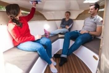 PLASS: OceanMaster 680 DC har en stor cabin for størrelsen.
