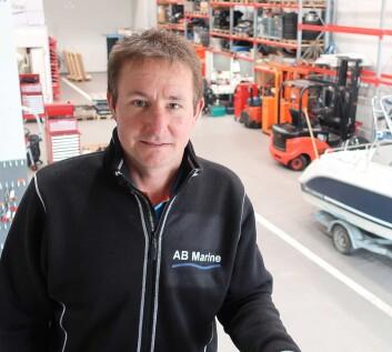 AB MARINE: Daglig leder Martin Barry-Berg holder god orden på verkstedet.