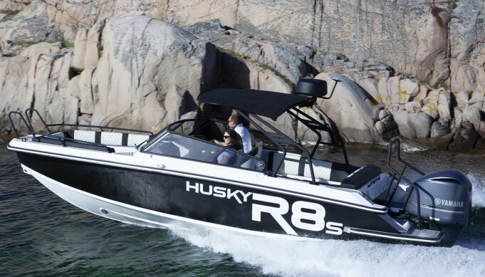 SOLID: Husky R8S.
