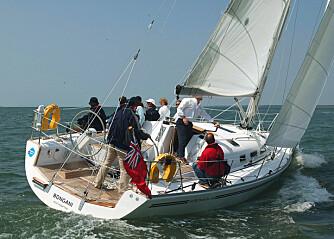 Hurtigseilende turbåt– eller komfortabel regattabåt