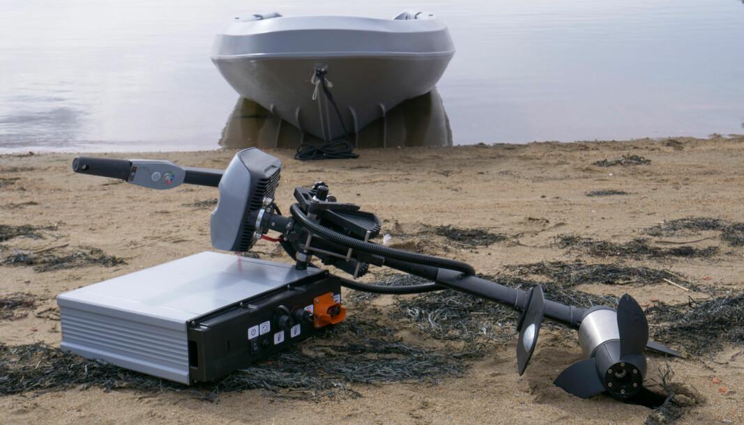 EGNET FOR TRANSPORT: Batteri og motor er lett å ta med seg.