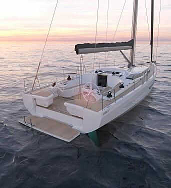 COCKPIT: Båten får en diger badeplattform. I cockpiten er det fire vinsjer slik at rormannen kan justere storseilet. Fallvinsjer er på hyttedekk.